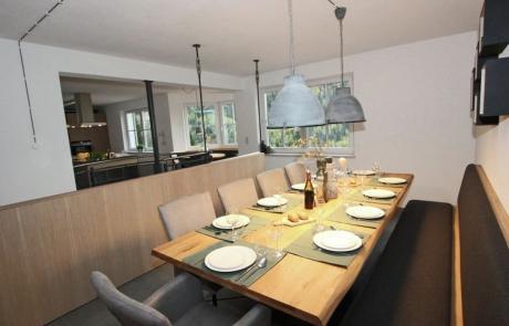 Ruime woonkeuken geschikt voor 10 personen